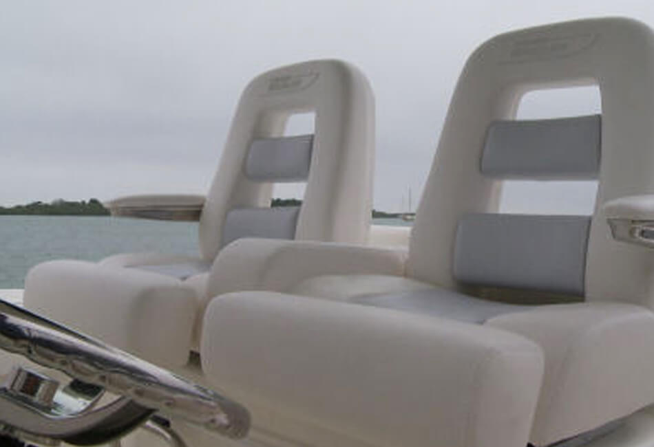 32ft Boston Whaler