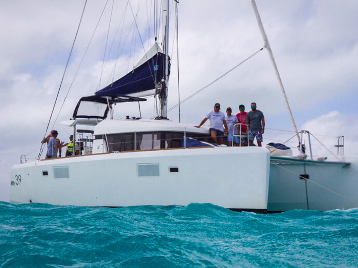 39 ft Lagoon Catamaran