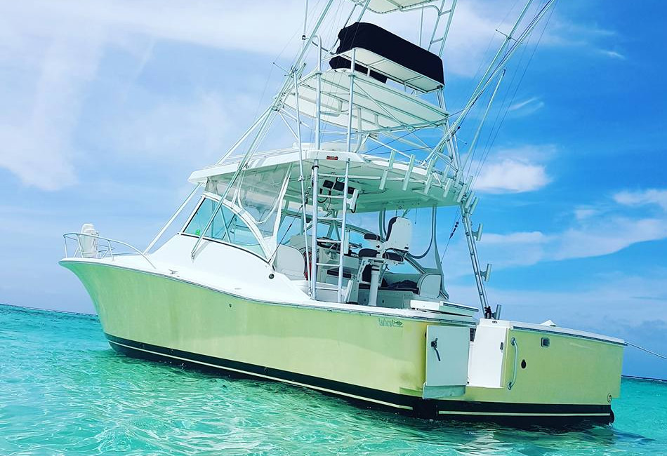 40 ft Luhrs Express
