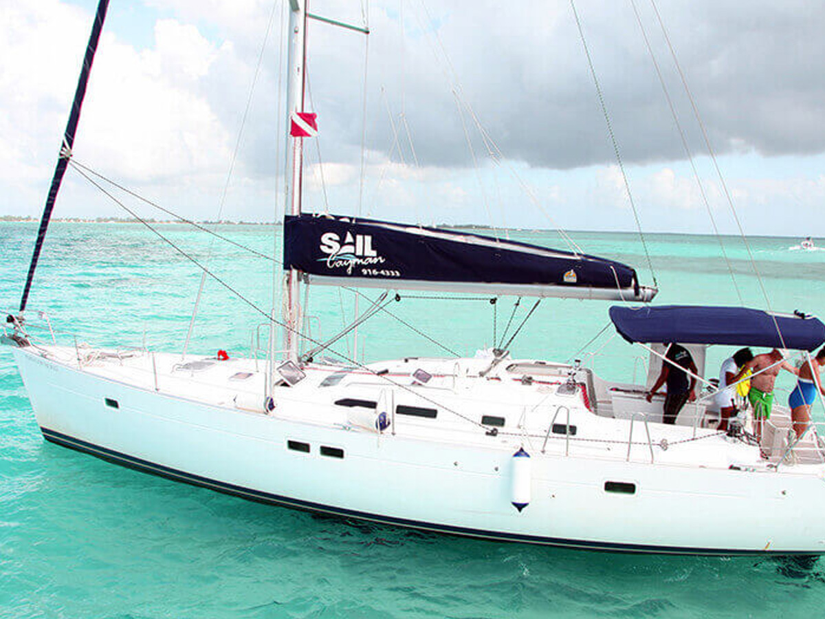 47 ft Beneteau Sailboat